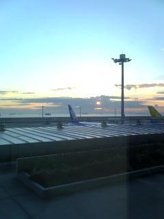 羽田に到着。
